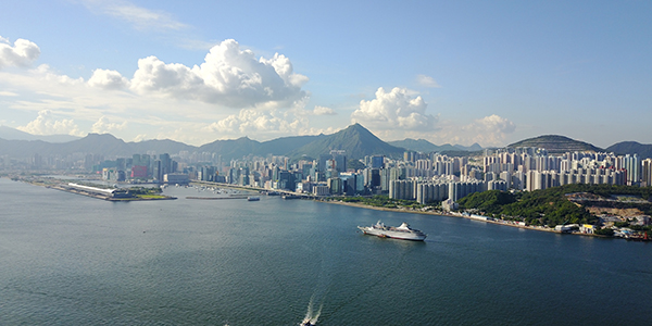 Central to Victoria Harbour